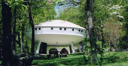 ufo_house.jpg